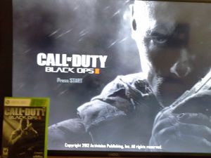 Xbox 360 Game Call Of Duty Black Ops II Disc Have Scratches But Playable for Sale in Reedley, CA
