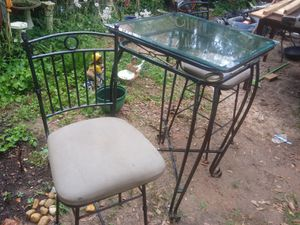 Glass tall table and 2 tall chairs for Sale in Morrow, GA