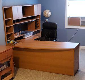 Desk - Executive- large L-shape for Sale in Auburndale, FL
