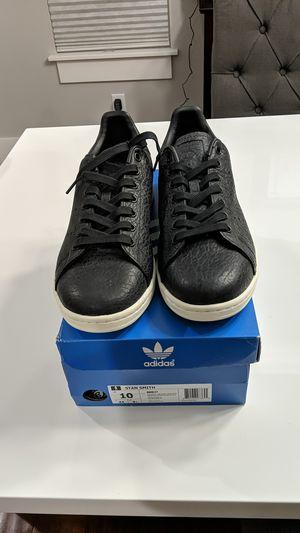 Adidas - Black Stan Smith Men's 10 for Sale in Renton, WA