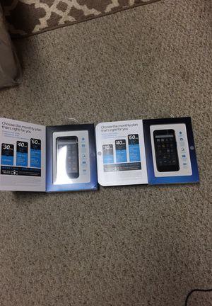 Dos teléfonos prepago for Sale in Washington, MD
