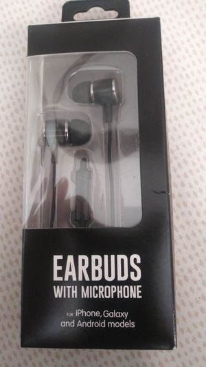 Earbuds with microphone for Sale in Miami Gardens, FL