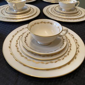 Set Of Eight Lenox Gold Wreath China Placements for Sale in Warrenton, VA