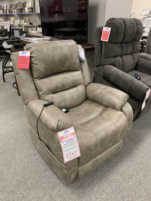 Speedy Furniture of Cranberry back stock brand new recliner - power recline lumbar headrest for Sale in Harmony, PA