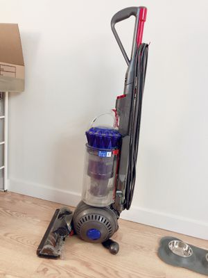 Dyson DC41 animal vacuum for Sale in Los Angeles, CA