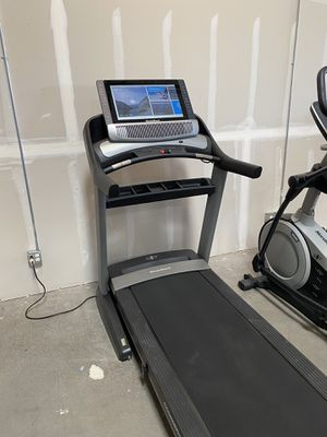 2020 NordicTrack Commercial 2950 Treadmill - 50% off for Sale in Peoria, AZ