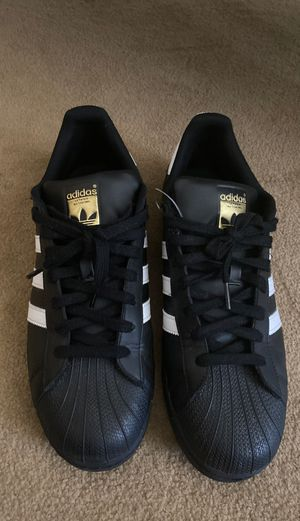 Adidas SuperStar Size 11 for Sale in Milwaukee, WI