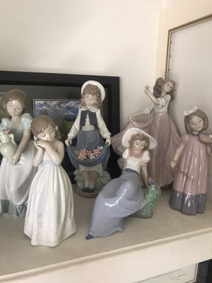 Group of Lladro and Nao figurines - retail value over $988! for Sale in Chula Vista, CA