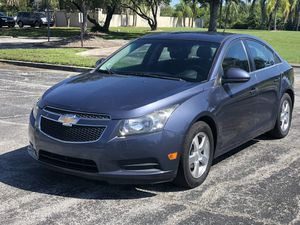 EXTRA CLEAN 2014 chevy Cruize for Sale in Clearwater, FL