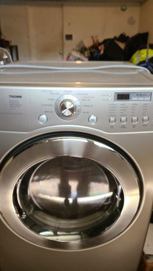 LG TROMM Washer and dryer for Sale in Trappe, PA