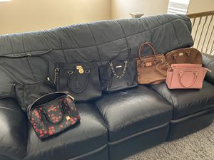 Michael Kors purses. 7 of them for Sale in Temecula, CA