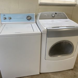 Washer And Electric Dryer Whirlpool Heavy Duty Working Great for Sale in St. Cloud, FL