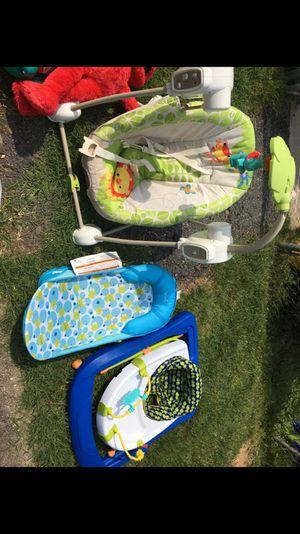 Baby walker,swing,bath tub for Sale in Rockville, MD