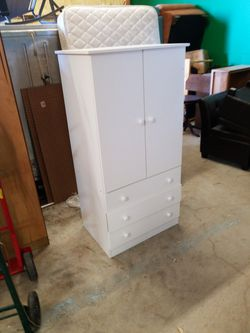 small armoire for Sale in Waco,  TX