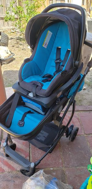 Stroller with car seat for Sale in Brownsville, TX