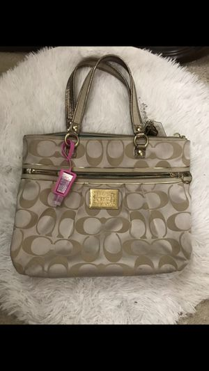 Coach purse for Sale in Chantilly, VA