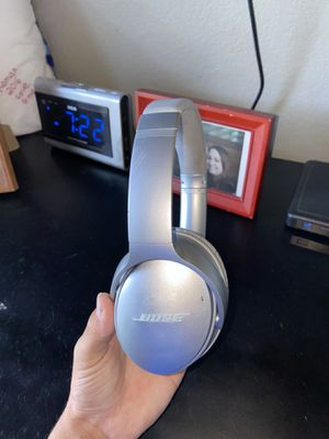Bose headphones for Sale in Atwater, CA