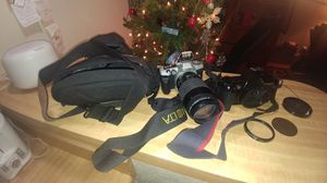 2 cameras Minolta, and cannon, plus camera bag for Sale in Glendale, AZ