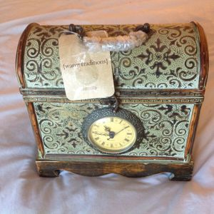 Antique clock n jewelry box for Sale in Springdale, OH