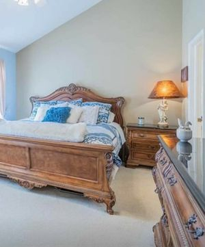 Thomasville King marble bedroom set for Sale in Depew, NY