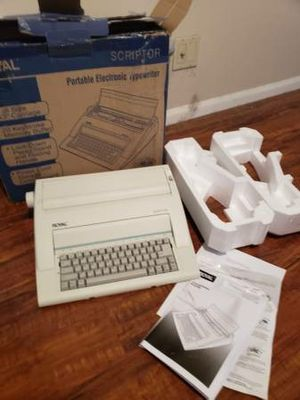 Royal Scriptor Ax 150 Portable Electronic Typewriter Bought new 1/2019 for Sale in Irvine, CA