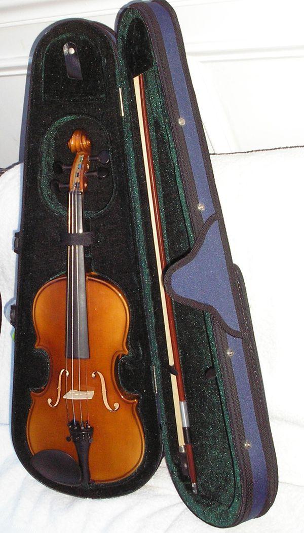 1/2 Violin for Goth Child