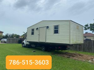 Sheds relocated,,, movemo casita de patio Rv container for Sale in Hialeah, FL