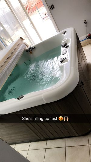 Hot tub / jacuzzi for Sale in East Providence, RI