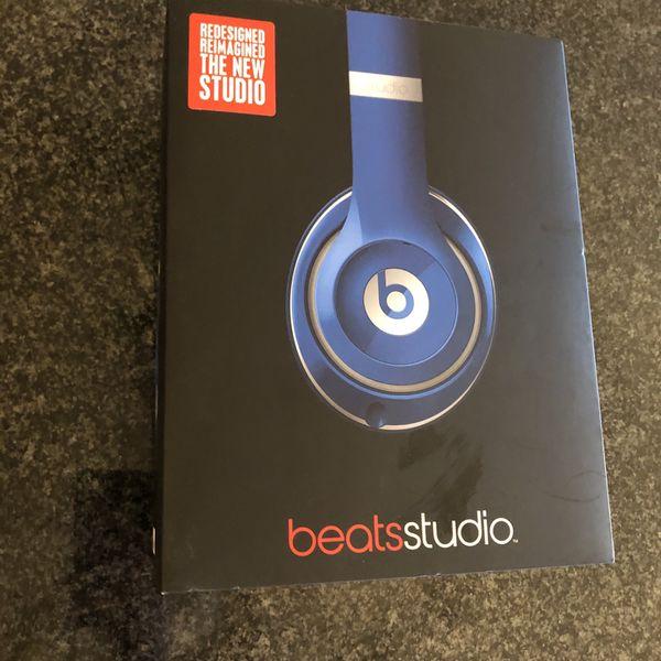 Beats By Dre Studio 2.0 (Rare Aqua Blue Color)