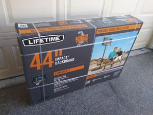 Lifetime portable basketball hoop for Sale in Simi Valley, CA