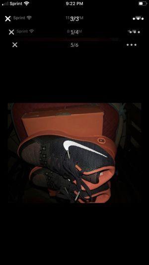 Nike size 5.5 $40 Kevin Duran for Sale in Tarpon Springs, FL