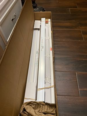 "White Blinds 40"" x 24"" for Sale in Katy, TX"