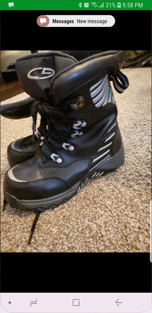 Snow boots kids size 12 for Sale in Buda, TX