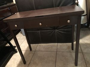 Vanity / makeup for Sale in Lakeland, FL
