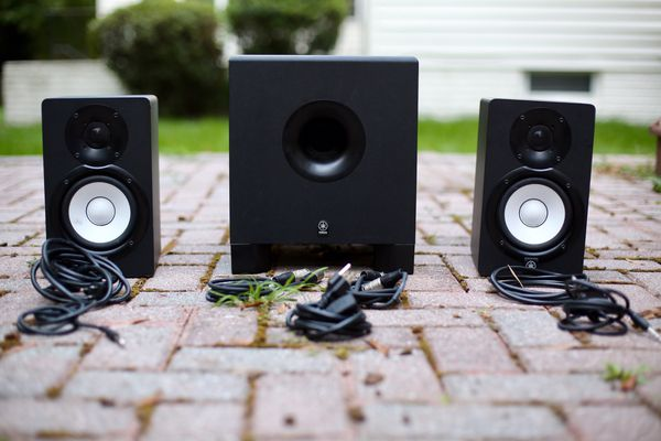 YAMAHA HS5 MONITORS AND YAMAHA HS10 SUB (ALL NECESSARY CABLES INCLUDED)