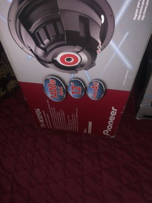 Subwoofers and amp (1400w each) for Sale in Oakland, CA