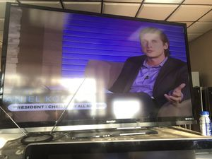 60 inch sharp liquid crystal smart tv for Sale in Miami, FL