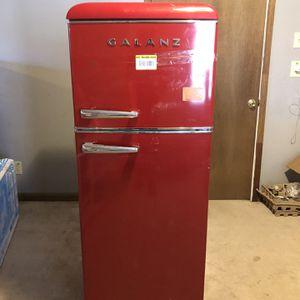New Galanz 4.6 cu. ft. Retro Mini Fridge with Dual Door True Freezer in Red for Sale in Decatur, GA