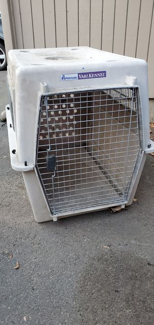 LG Dog crate for Sale in Medford, OR