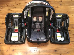 Graco Infant Car seat with Two Bases for Sale in Flowood, MS