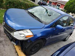 Nissan Versa 2011 for Sale in Miami, FL