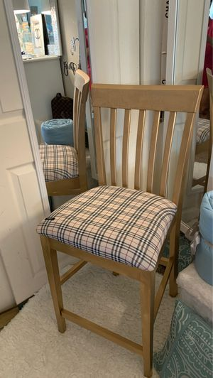 2 AUTHENTIC BURBERRY HIGH CHAIRS 🪑🌹🌹🌹🌹🌹 for Sale in Blackwood, NJ
