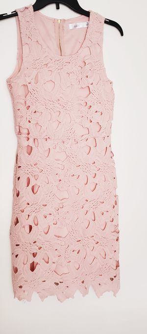 Pink Easel Dress for Sale in Murfreesboro, TN