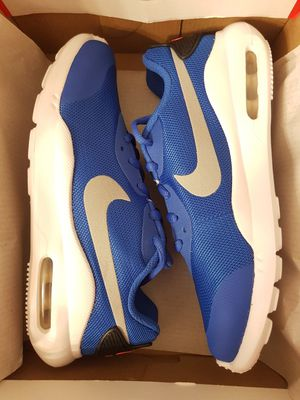 New Nike Air Max Oketo (Size 3.5Youth/ Sz 5 Women's) for Sale in Vancouver, WA