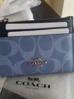Authentic Coach Small mini Wallet New With Tags for Sale in National City,  CA