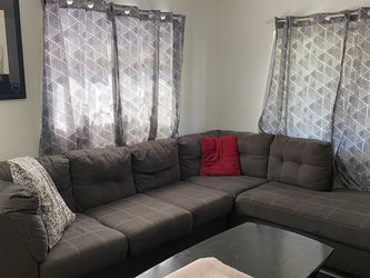Pitkin 2-Piece Sectional with Chaise in Slate Gray for Sale in Largo,  FL