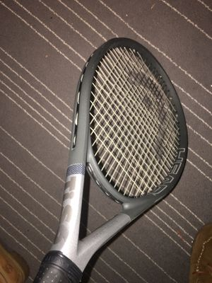 Tis6 tennis racket for Sale in Wyandotte, MI