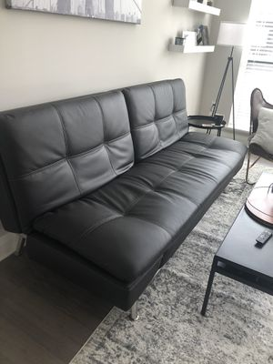 Couch (less than 2 years old) for Sale in Columbus, OH