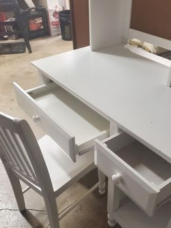 Kids DESK good Shape for Sale in Vancouver,  WA