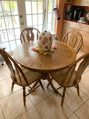 Wooden Kitchen Tables with 4 Chairs for Sale in Miami, FL